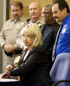 Jan Brewer's Mighty Pen